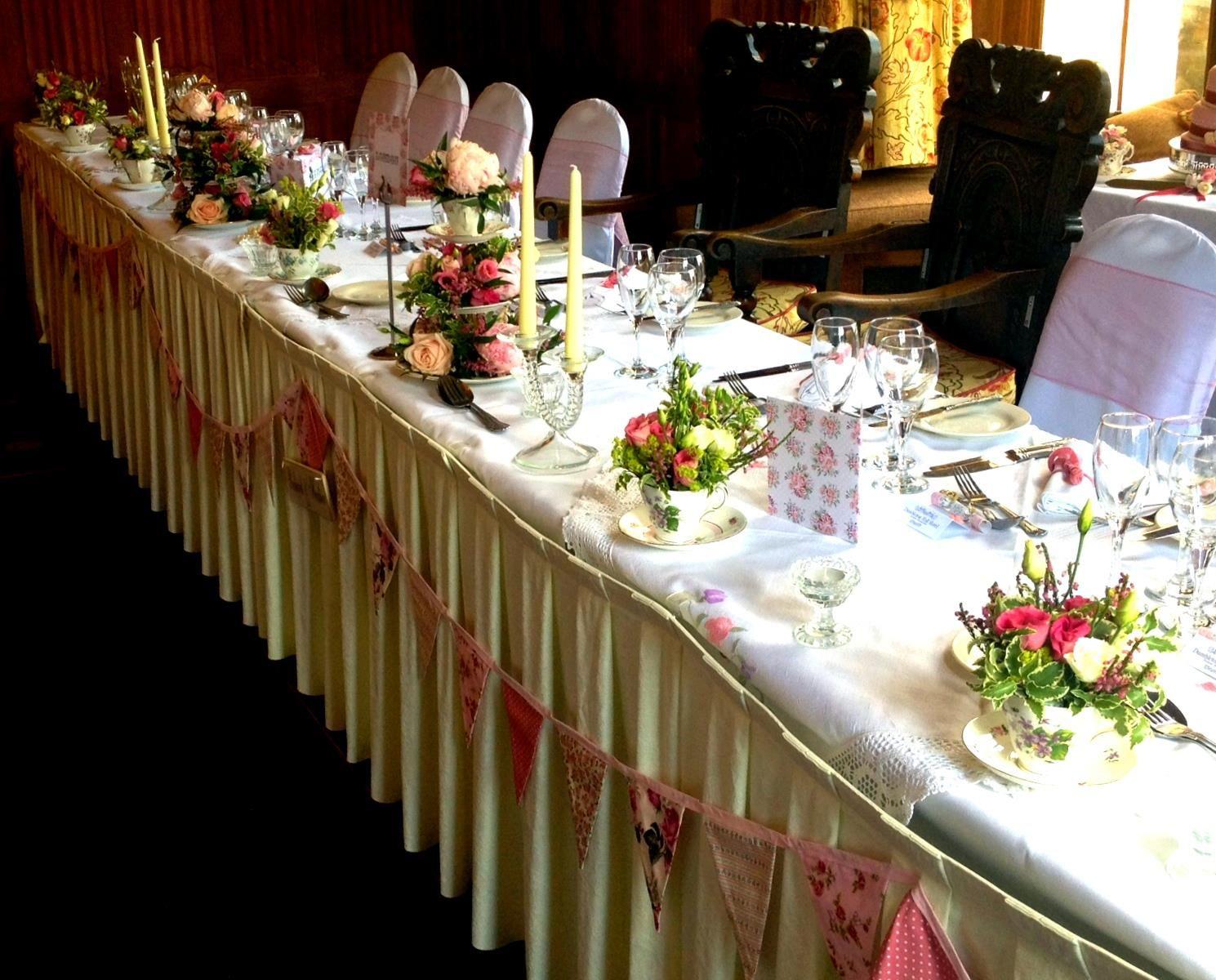 romantic glamorous vintage wedding table deco