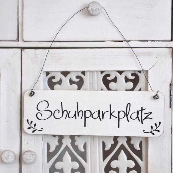 shabby chic schild schuhparkplatz holzschild von shabbyflair decorations via ideen. Black Bedroom Furniture Sets. Home Design Ideas
