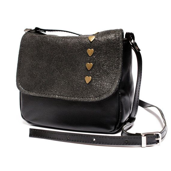 Mini messenger bag  #mini #messenger #bag #purse #black #minimalist #love #design #women #fashion #gift #craft #etsy #handmade #unique