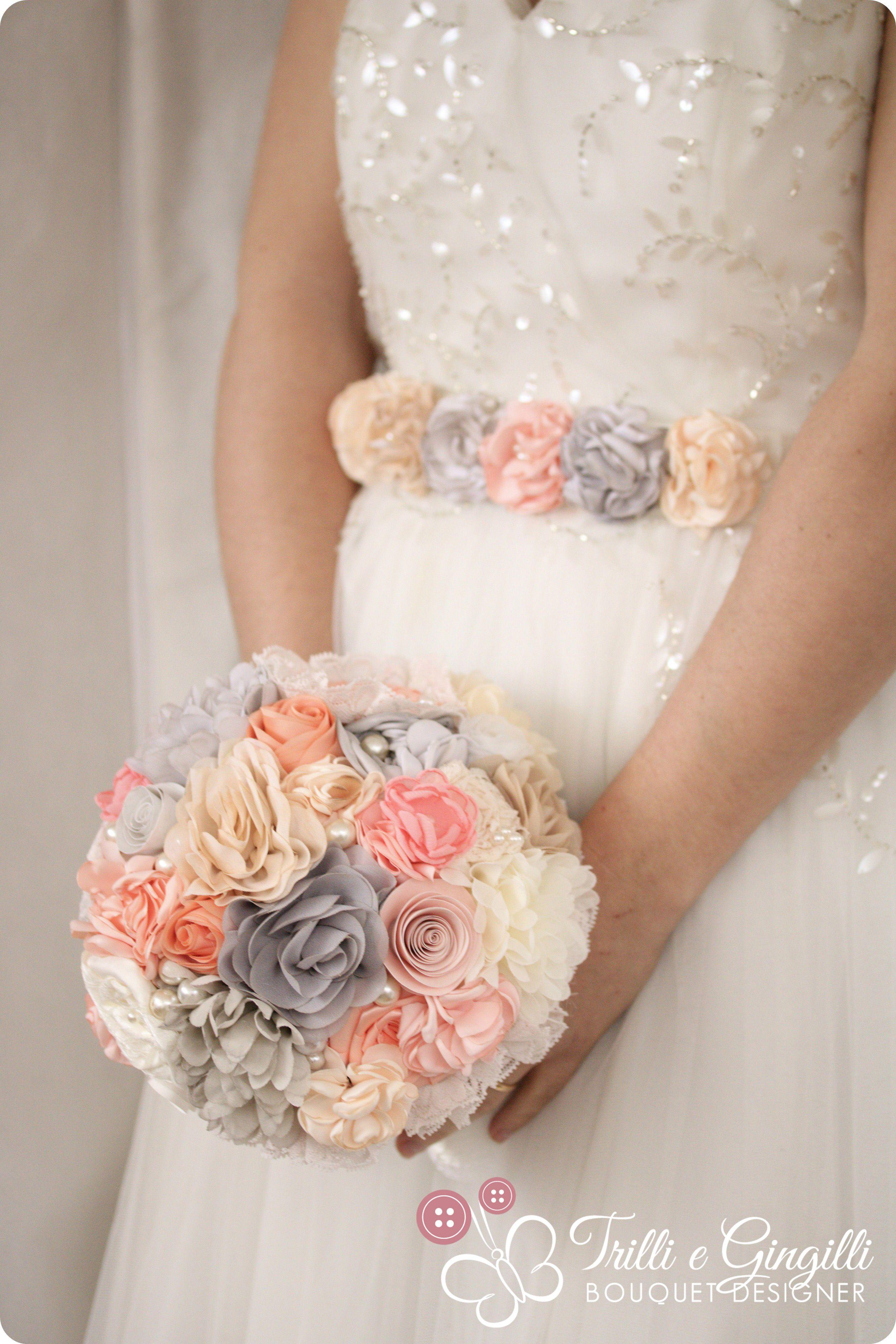 Bouquet Sposa Per Abito Avorio.Fabric Bouquet With A Coordinated Belt For The Bride Bouquet Di