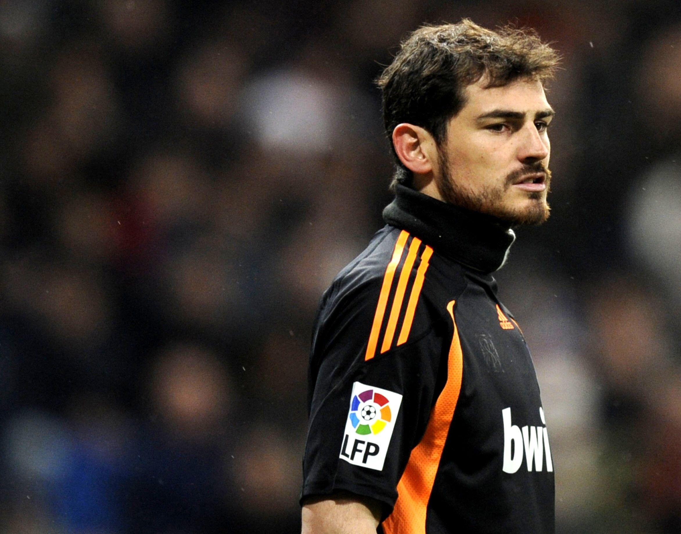 Iker Casillas Football Player Real Madrid Wallpaper Photo