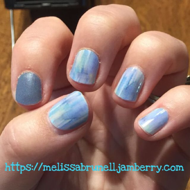 Love how Seascape looks on nails!! This is one of my favorite wraps! #seascapejn #favoritemani #melissabrunelljams