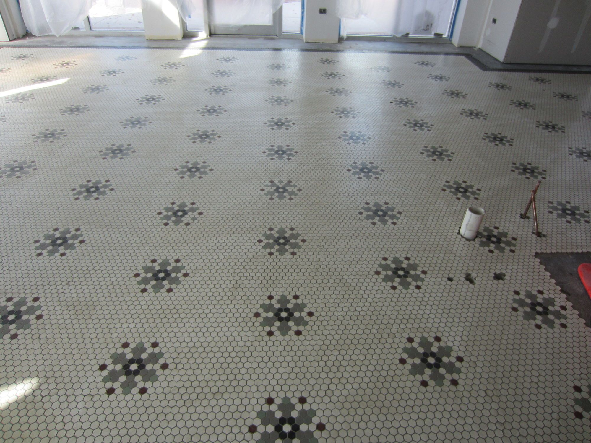 Hex tile floor pattern google search bathrooms pinterest hex tile floor pattern google search dailygadgetfo Choice Image