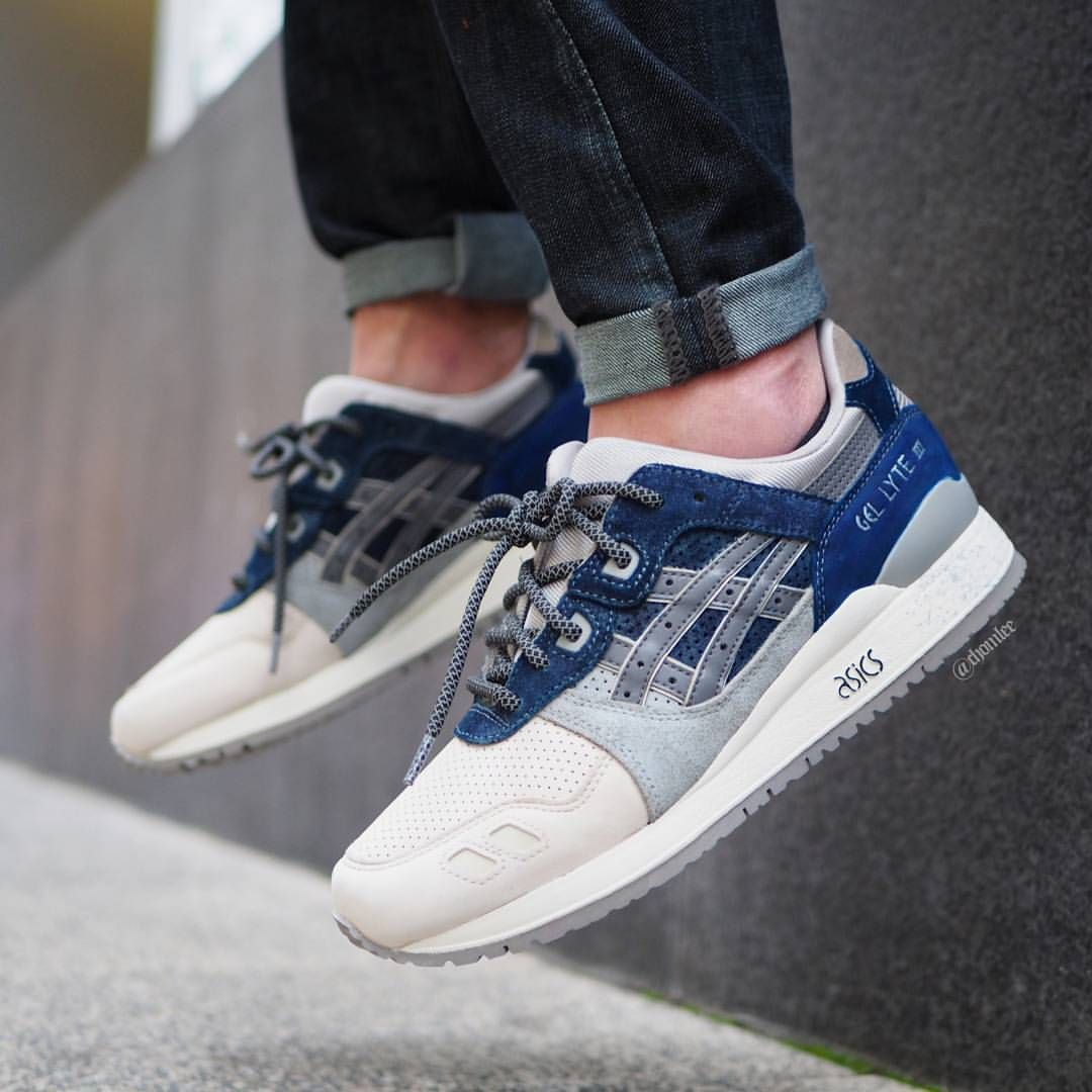 515 Likes 20 Comments Chom Lee Chomlee On Instagram Urban Navy Custom Gliii For My Buddy Chezl Asics Gel Lyte Iii Sneakers Men Fashion Asics Sneakers