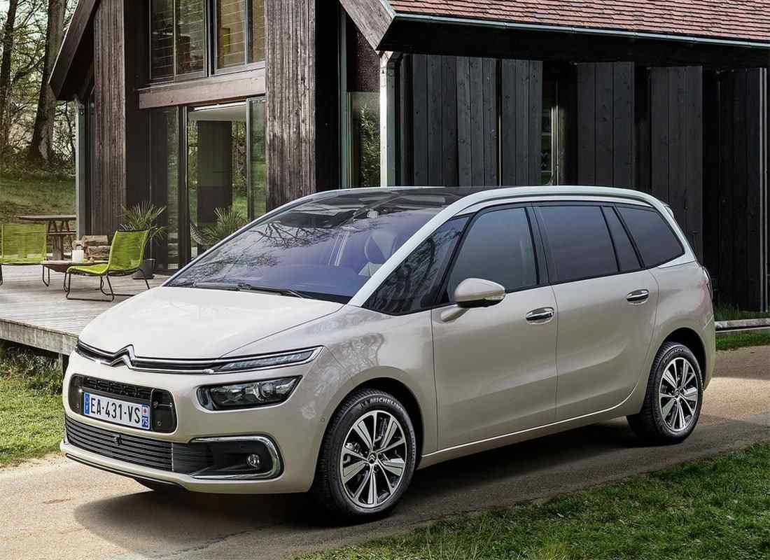 new 2018 2019 citroen c4 picasso the restyling of the popular minivan citroen pinterest cars. Black Bedroom Furniture Sets. Home Design Ideas