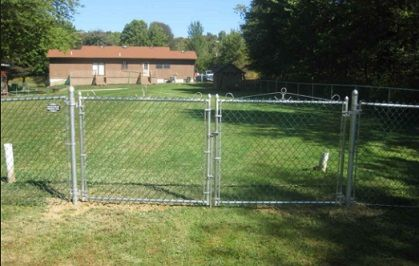 Hoover Fence Residential Chain Link Fence Single Swing Gates 1 3 8 Galvanized Frame Chain Link Fence Chain Link Fence Gate Types Of Fences
