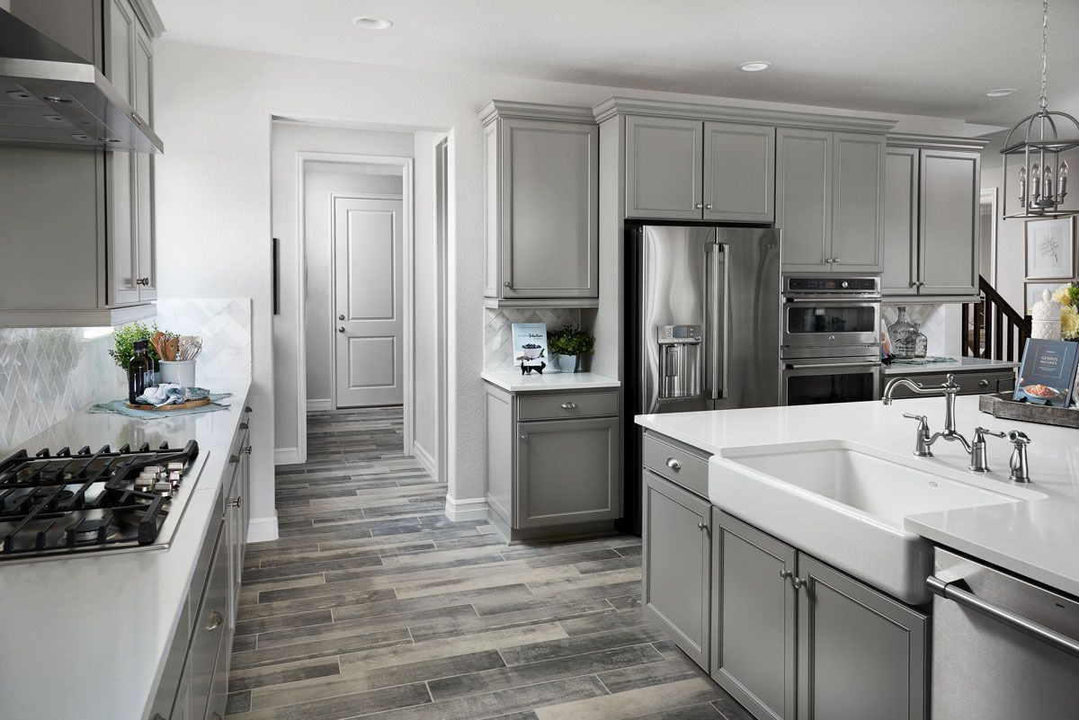 Gray Tones Apron Sink Skylar Model Home Kitchen Broomfield Colorado Richmond American Homes Log Home Kitchens Richmond Homes Kitchen Decor Inspiration