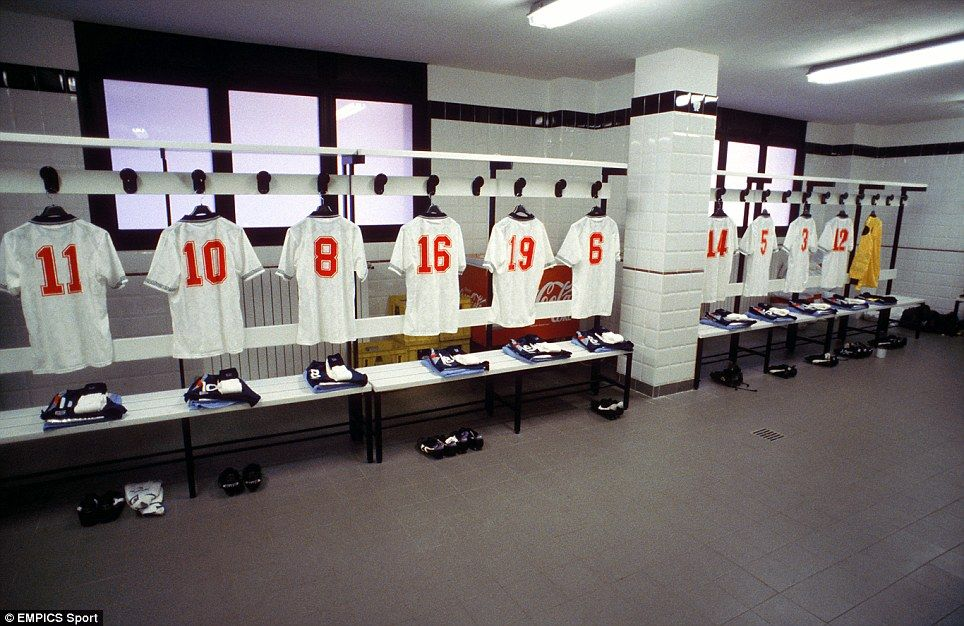 Football S Golden Years Inside The Dressing Room Milk In The Fa Cup The Old Tactics Boards And The Delighted Celebrations Changing Room Fantasy Rooms Football