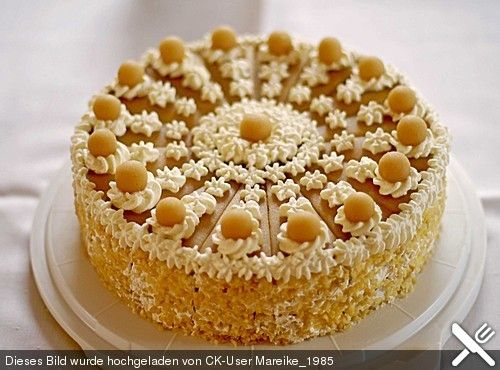 Apfel-Marzipan-Torte | Kuchen | Marzipan cake, Marzipan ...