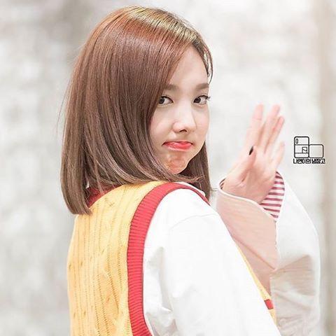 Q Are You A Fangirl Or Fanboy A Fangirl How About You Tags Nayeon Nayeonii Twice Mina Sana Momo Tzuyu Dahyun Nayeon Im Nayeon Kpop Girls