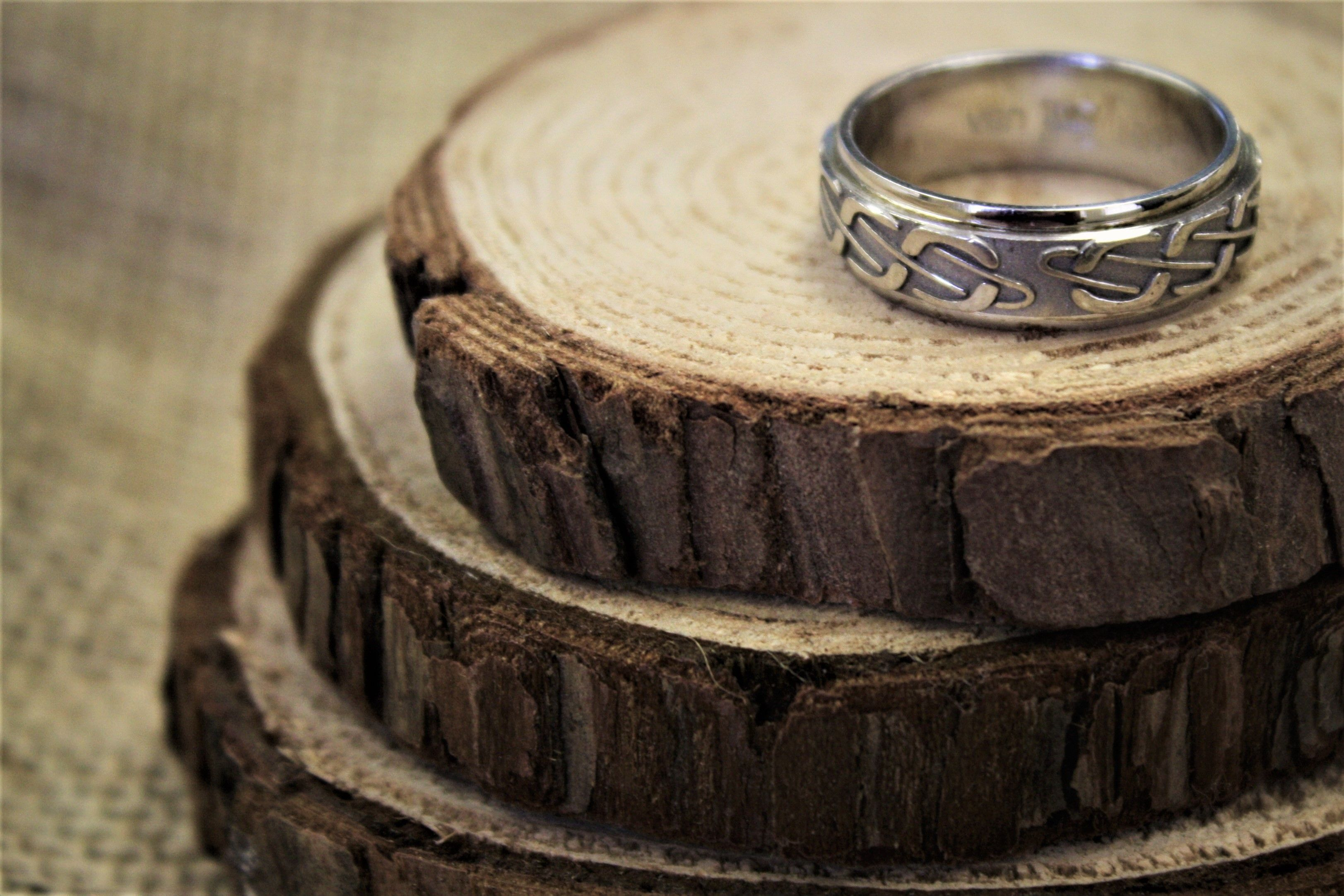 Finely Detailed And Intricately Designed This Wedding Ring Feature Gracefully Interwov Mens Wedding Bands Yellow Gold Diamond Wedding Band Custom Wedding Band
