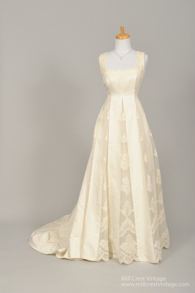 1960 Bianchi of Boston Embroidered Vintage Wedding Gown for a ...