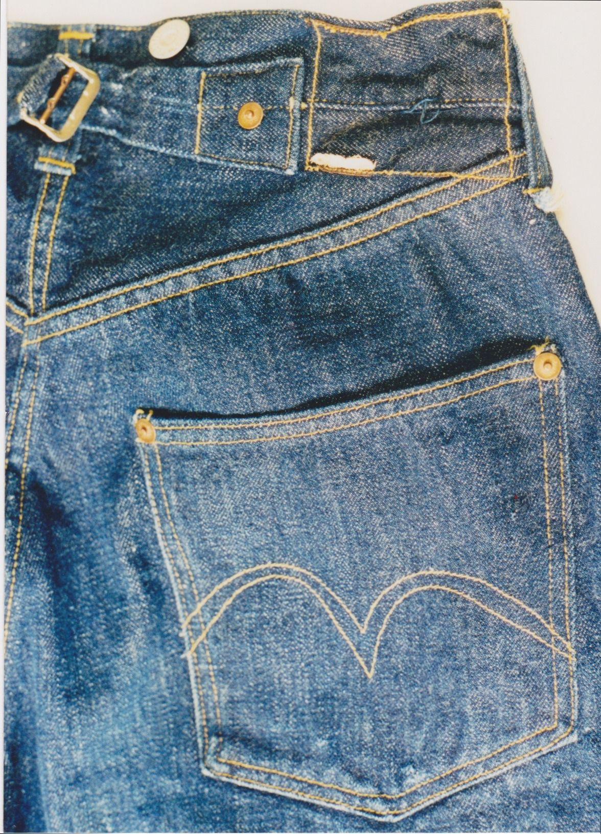 Pre 1936 Levi exposed rivet buckle back 201xx Jeans em 2019