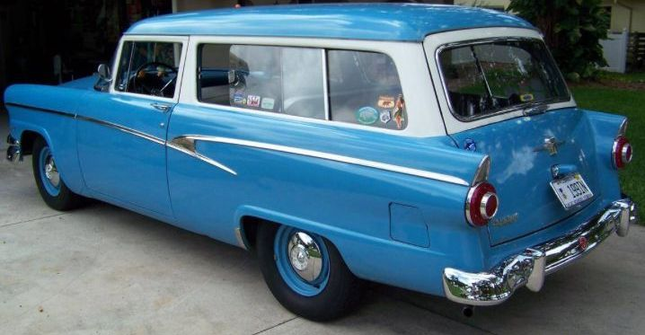 Bermuda Blue: 292/3-Speed 1956 Ford Ranch Wagon