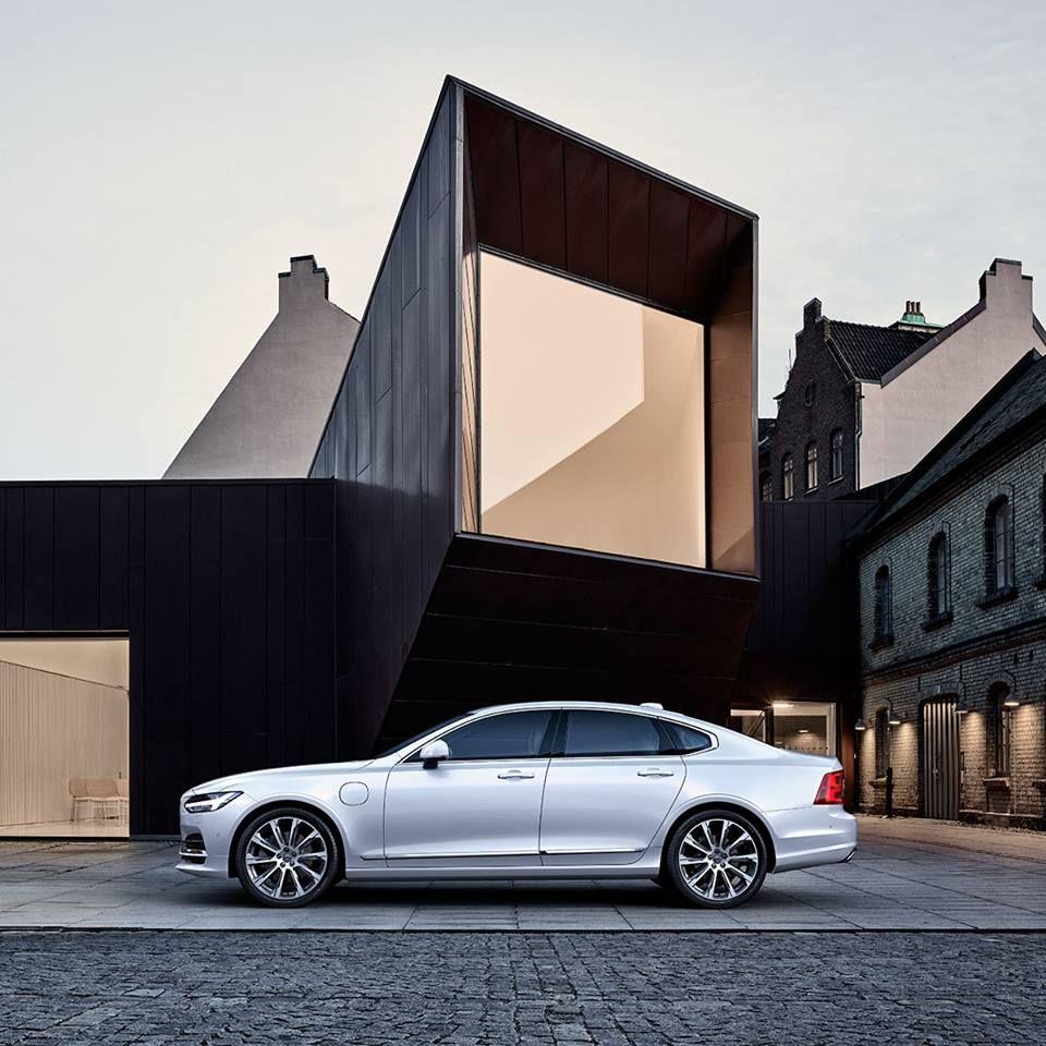 Luxury Sedan, Volvo, Sedan