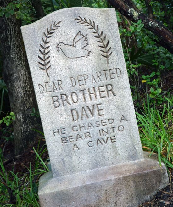 Haunter Pumpkin Carving Ideas 2020 Finish that Tombstone: 'Dear Departed Brother Dave' at Magic