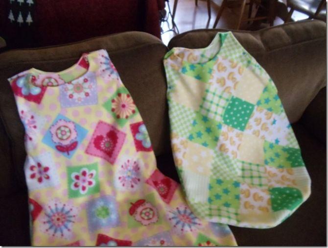 new concept b8433 dea46 How to Sew a Fleece Sleep Sack with Pattern - no zipper ...