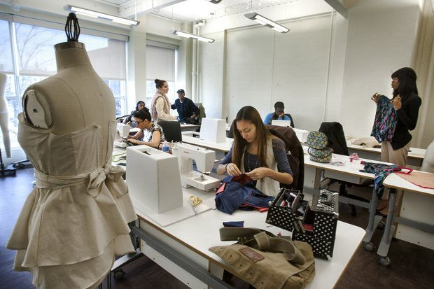 Mercer County Community College Students Get A Hands On Class In Couture Fashion Fashion Degrees Teaching Fashion
