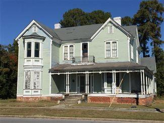 Hadley Mayes House Lagrange North Carolina Historic Homes Property For Sale Preservationdirectory Com Old Houses Historic Homes Historic Homes For Sale