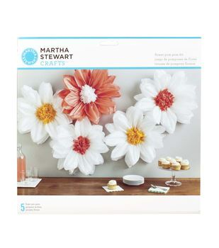 Martha stewart tissue paper pom pom kit daisy light flores y martha stewart tissue paper pom pom kit daisy light mightylinksfo