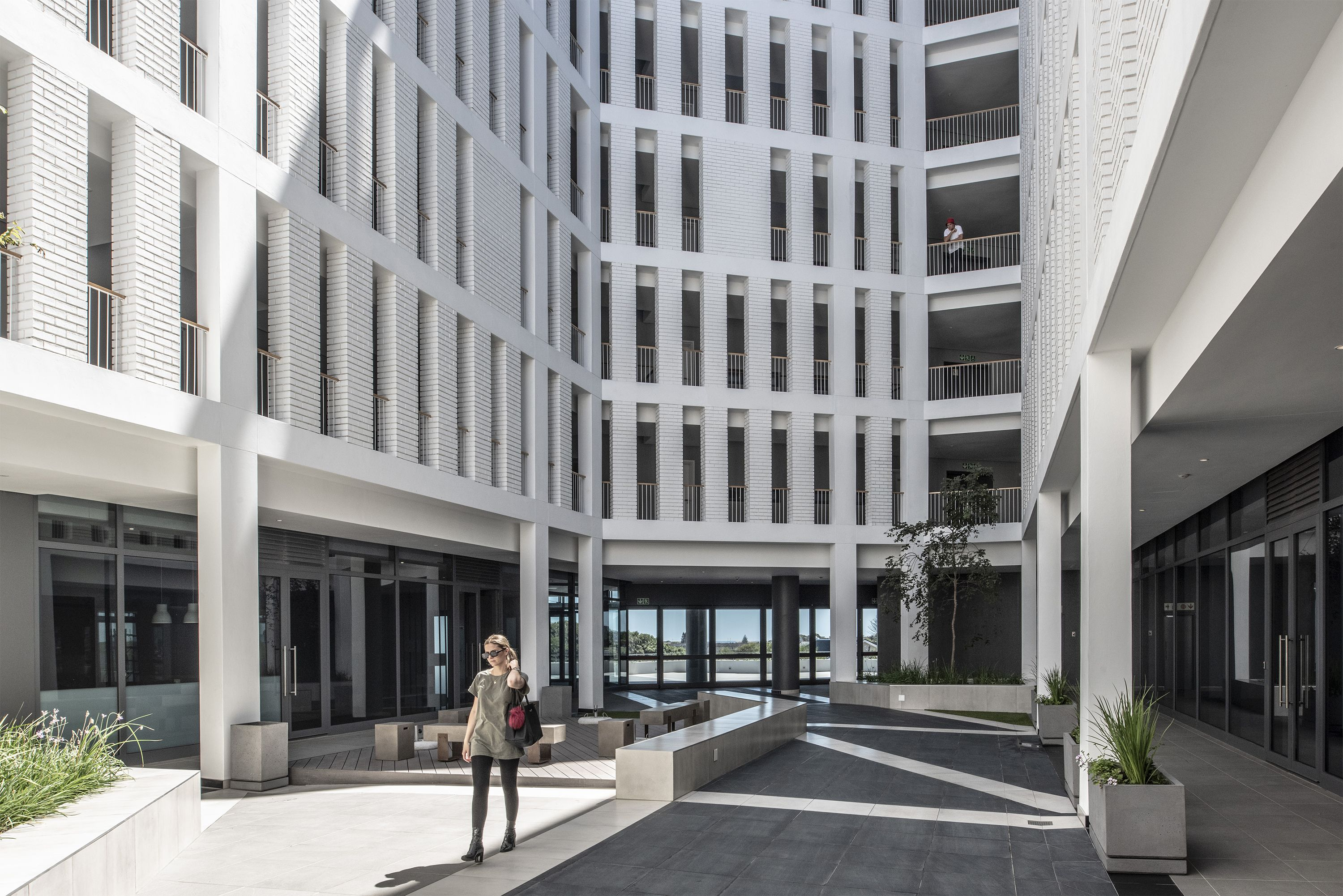 Axis Is The Latest Residential Development In Bridgeways Precinct Of Cape Town S Century City The Apartment Block Compris Luxury Apartments Architect Building
