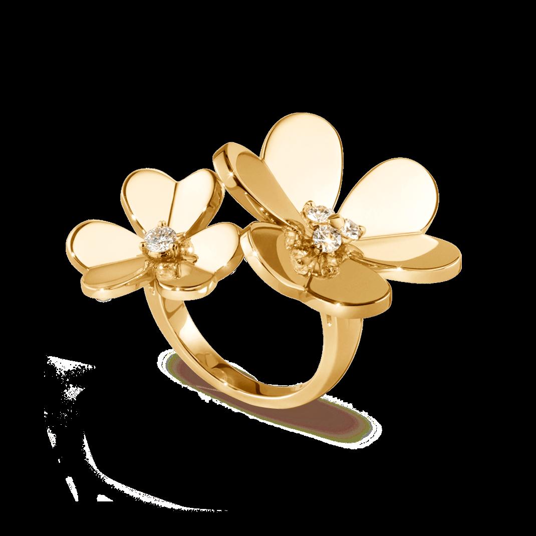 Frivole Between The Finger Ring Vcarb67600 Van Cleef Arpels Van Cleef And Arpels Jewelry Jewellery Sketches Ring Sketch
