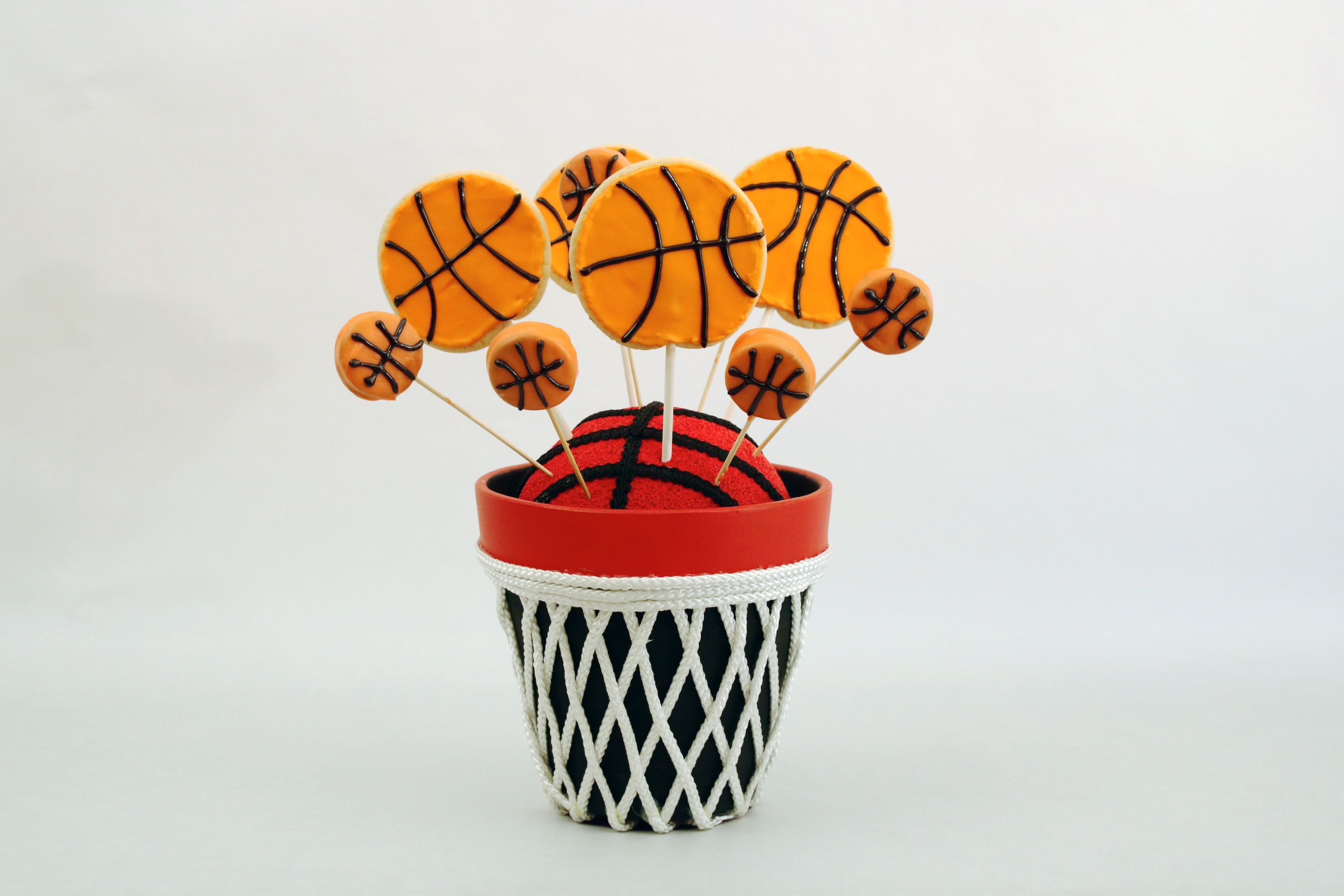 Basketball cookie and Oreo Pop bouquet for March Madness!