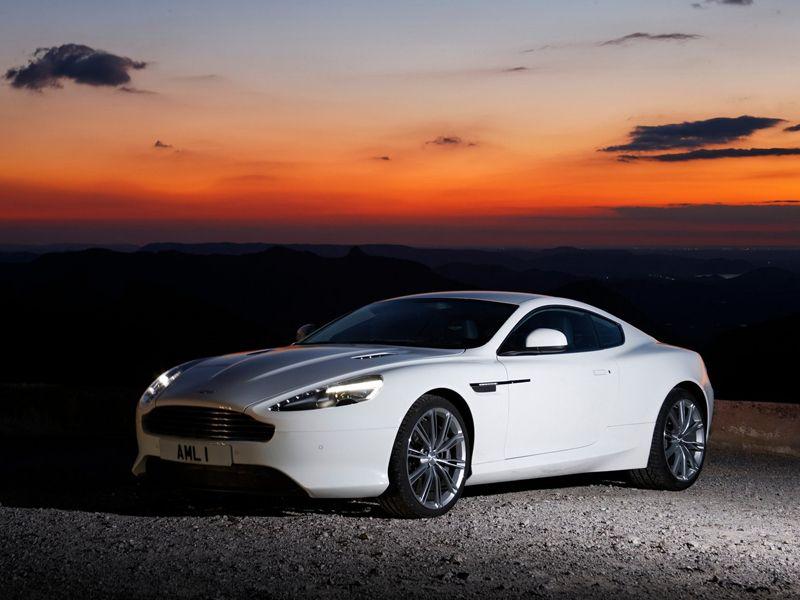 2012 Aston-Martin-Virage Sports luxury car