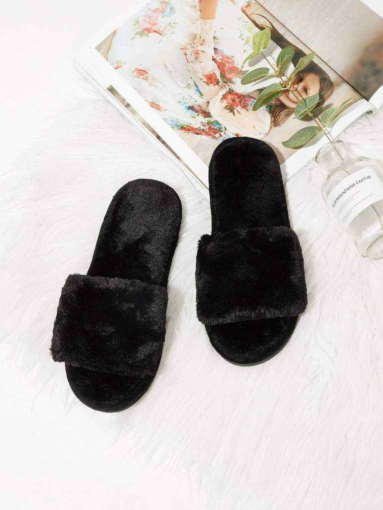 Photo of Faux Fur Flat Slippers