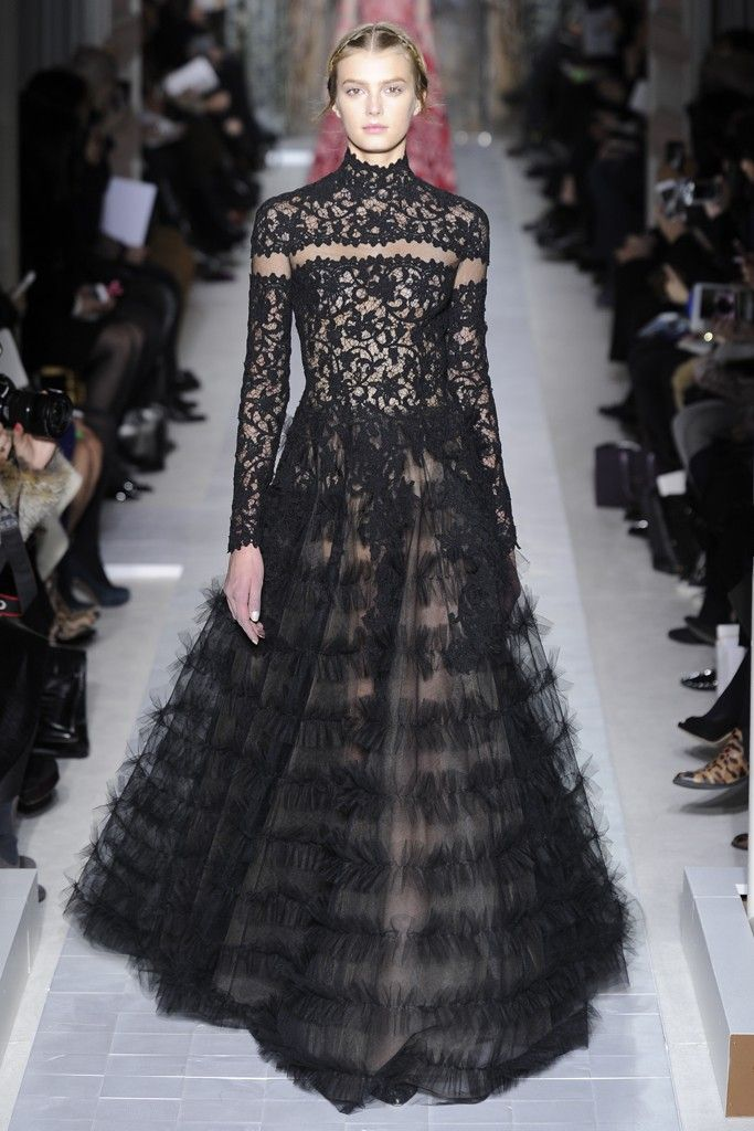 Valentino Spring Couture 2013 - Pier Paolo Piccioli and Maria Grazia Chiuri wished to convey lightness and the beauty of a garden, forgetting the labor that goes into creating the pieces.
