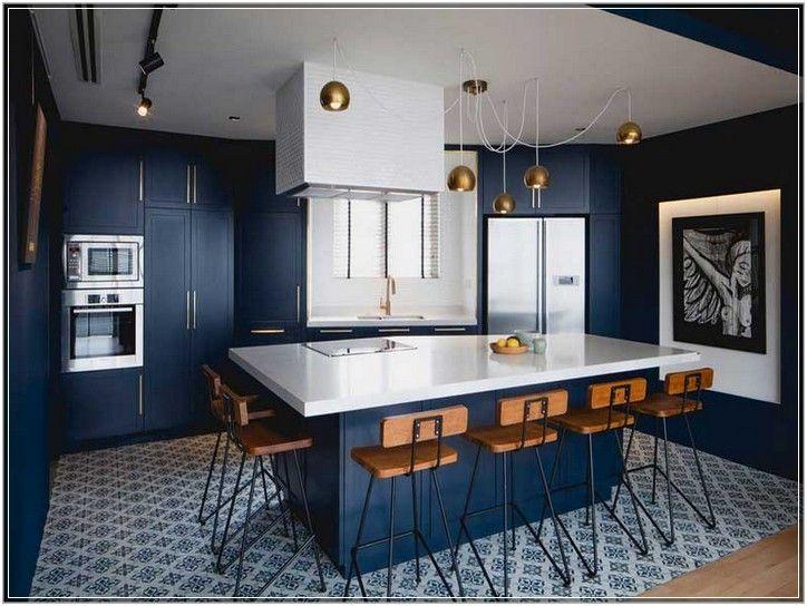 Wandfarbe Blau Küche Messing Pendelleuchten Kücheninsel Mit ...