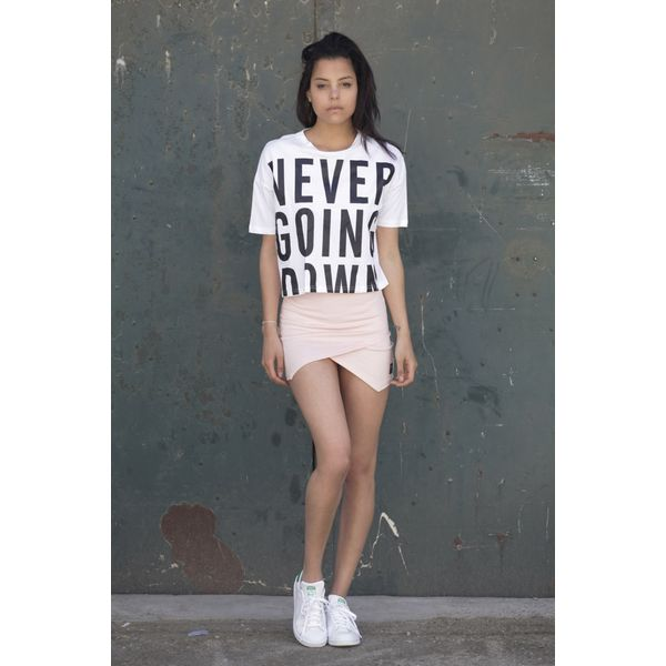 4d662e01e67e Produkty    ŽENY    Oblečenie    Tričká a topy    Tričká    Tričko Sixth  June Never Going Down White Veľkosť  S - Produkty