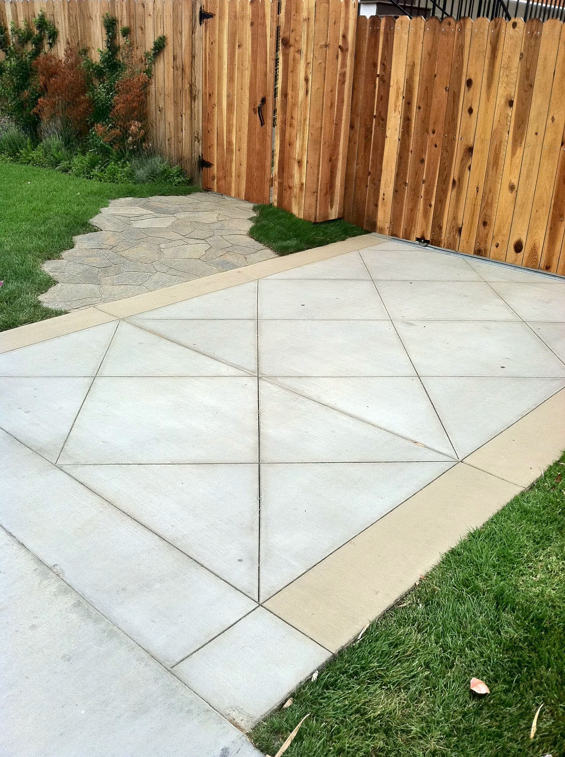 Bon Diamond Cut Concrete Driveway With Color Band And Mega Arbel Paver Walkway.  Stained Concrete Driveway