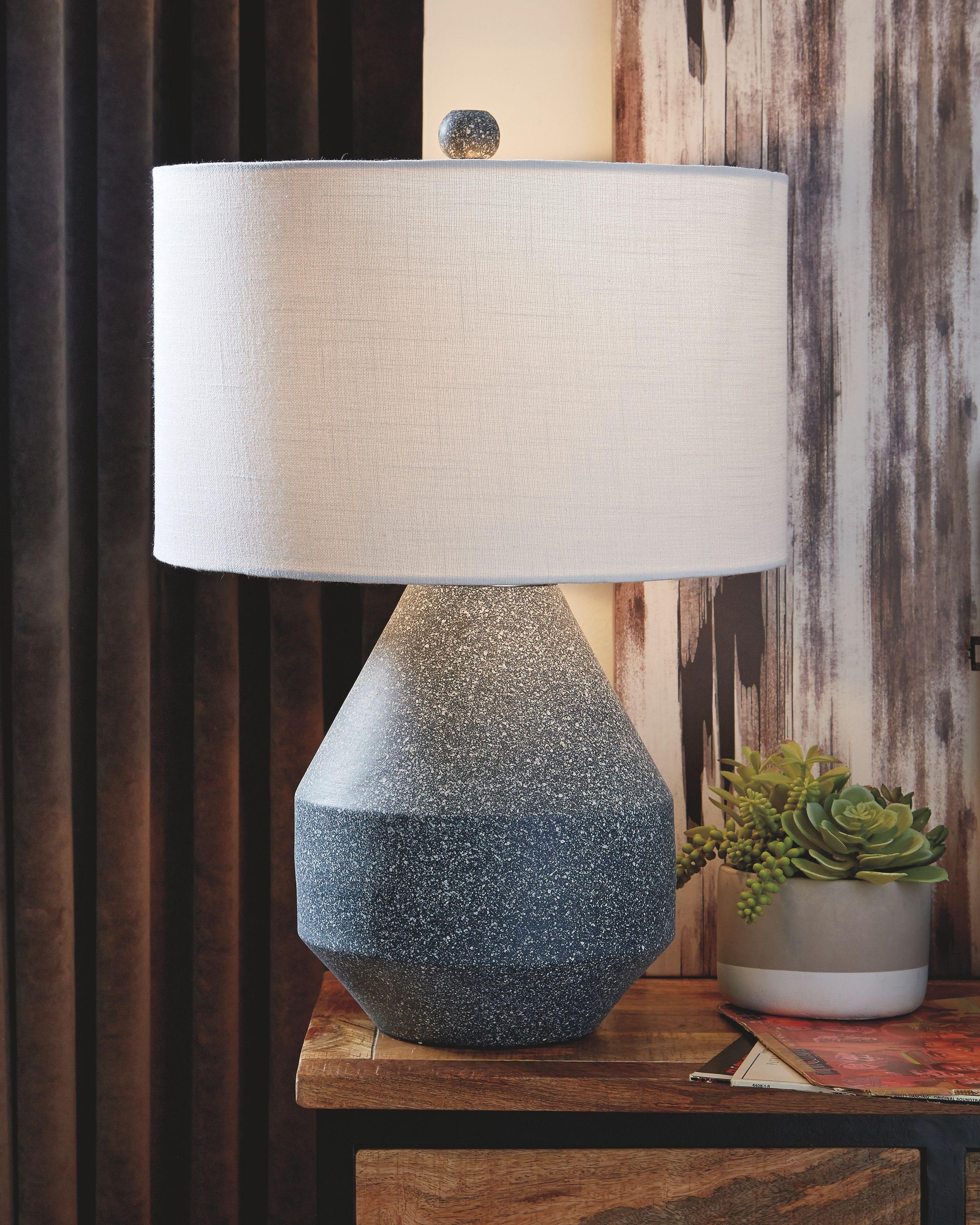Kristeva Table Lamp