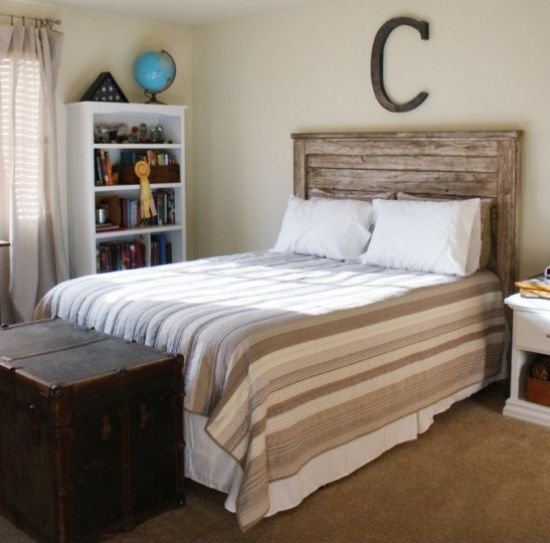59 Incredibly Simple Rustic Décor Ideas That Can Make Your: I Like This Headboard..it Is All New Wood But She Gives