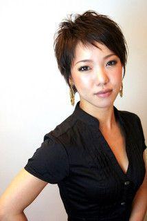 アシンメトリー 髪型 女性 ショートのヘアスタイルまとめ 3ページ目 Matohair 女性 ショート アシンメトリー 髪型 髪型 女性