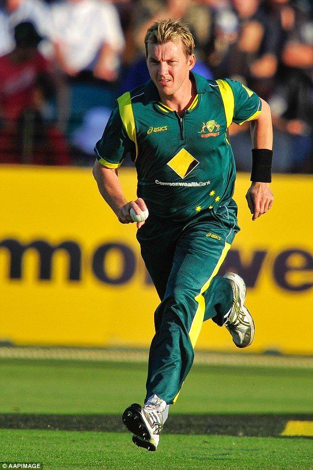 Brett Lee Brett Lee Ashes Cricket Cricket Wicket