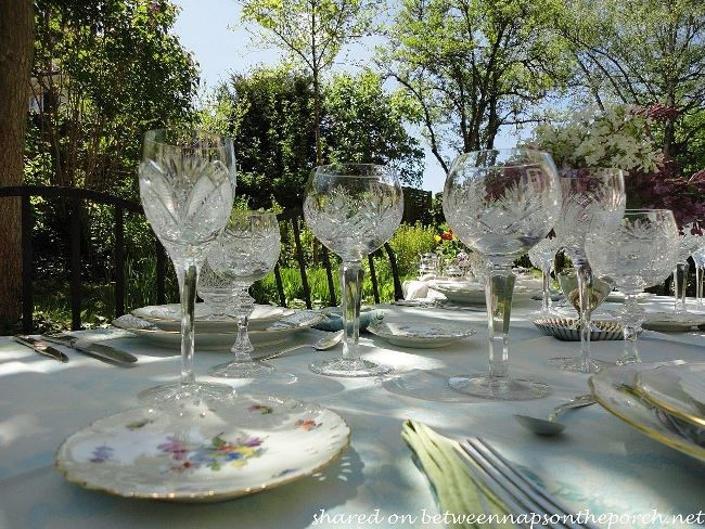 crystal table setting - what a way to enjoy a day in the back yard and & crystal table setting - what a way to enjoy a day in the back yard ...