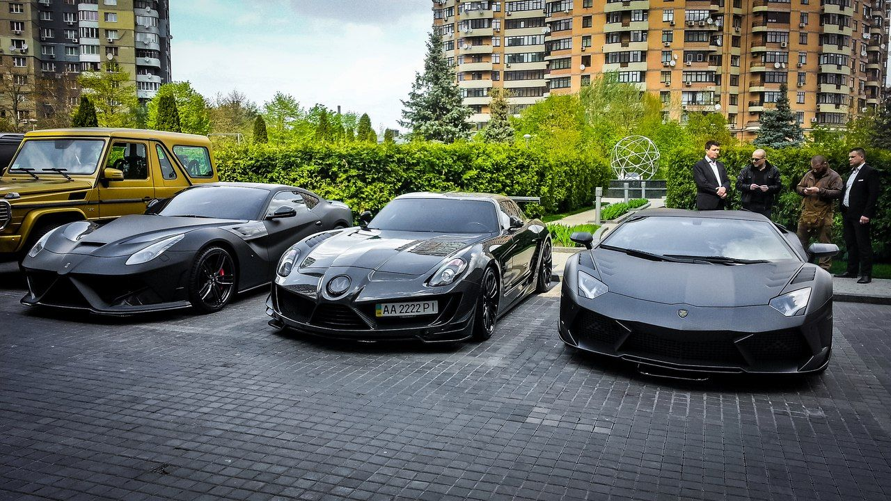 3 Black Luxury Supercar Black Luxury Super Cars Luxury