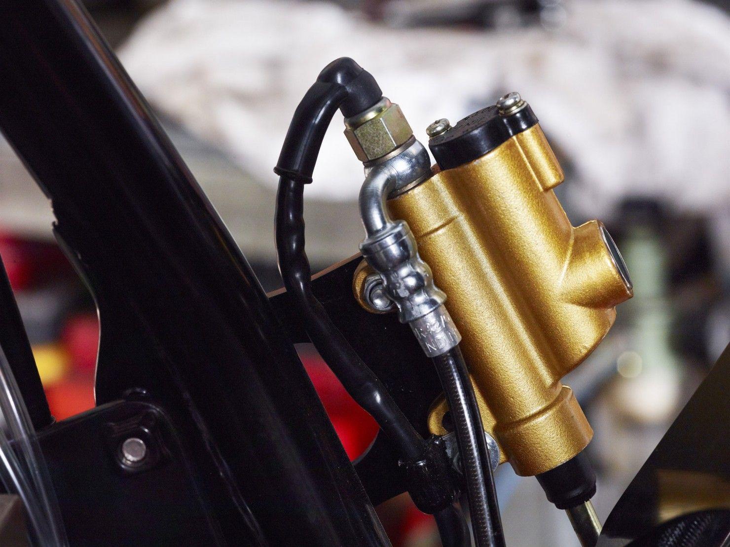 Honda CB900F Bol d'Or.  Build by SDG Moto Custom & Cafe