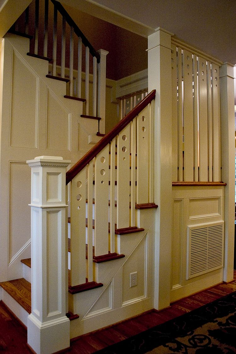Residential in 2020   Building design, Craftsman staircase ...