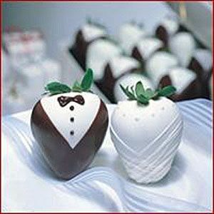 wedding chocolate covered strawberries | {food} strawberries ...