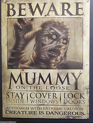 MUMMY-ON-THE-LOOSE-HALLOWEEN-WALL-DECOR-HAUNTED-HOUSE-WANTED-POSTER ...