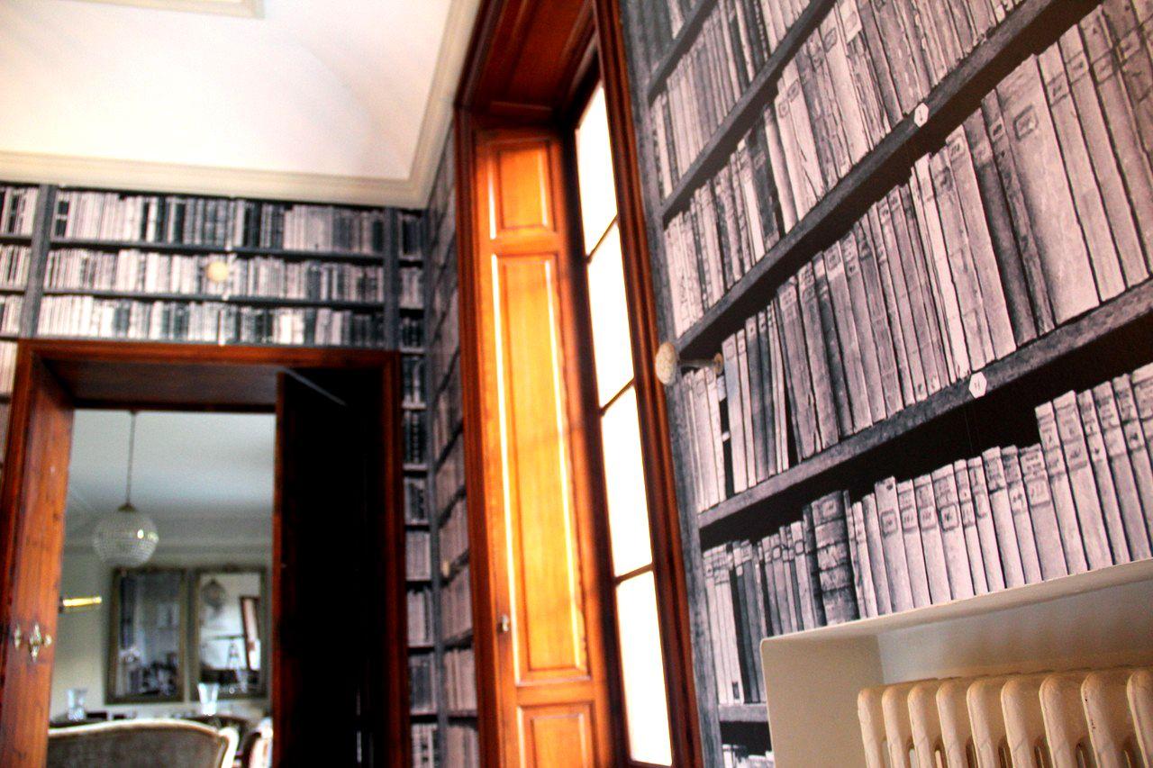 Biblioteca simulada con vinilo....#photosoul #decoración #interiorismo
