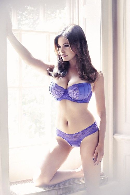 Kelly Brook is finally back in our minds with a breathtaking photoshoot  showing off her bodacious curves for the new collection of  New Look   lingerie. a04e2db60