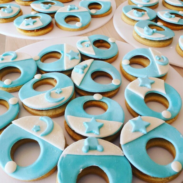 Galletas con arequipe  Baby shower #GalletasBaberos Baberitos  #GalletasPersonalizadas @dulcycandy