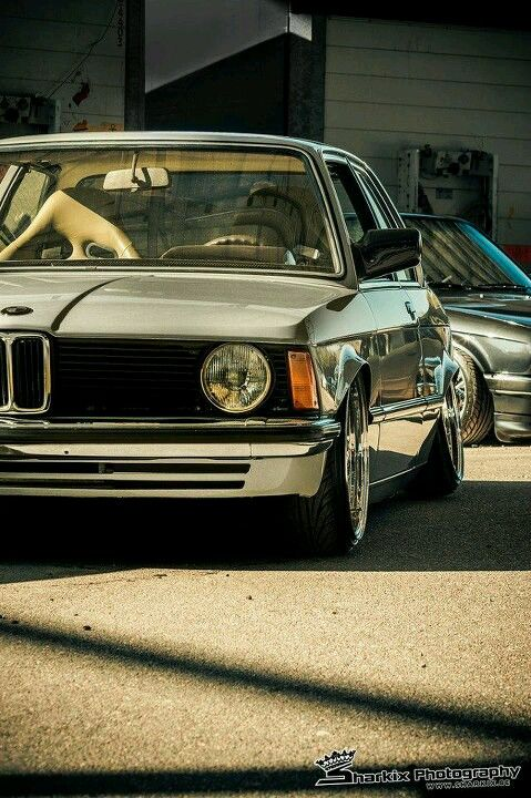 Old School Stylin Bmw E21 Bmw Cars Bmw