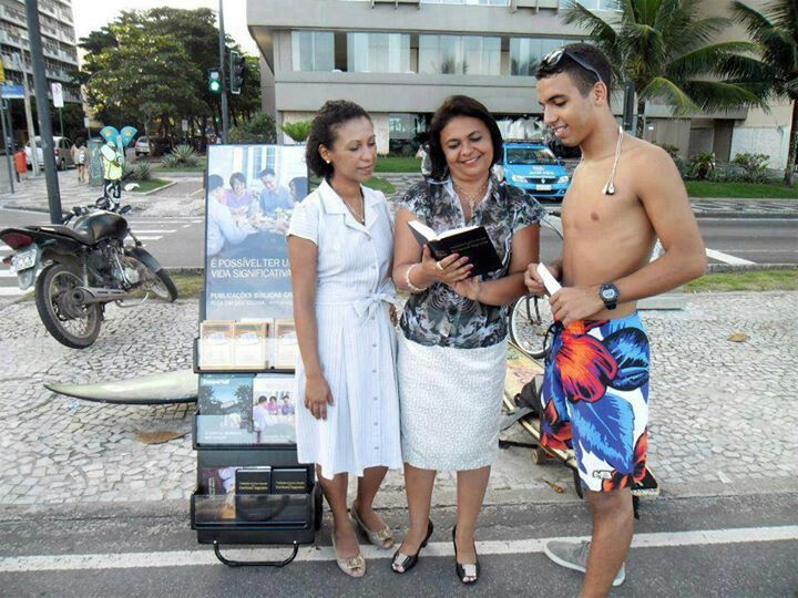 Pin By Gloria Hamlet On Jw Org: Public Witnessing, Jehovah's Witnesses