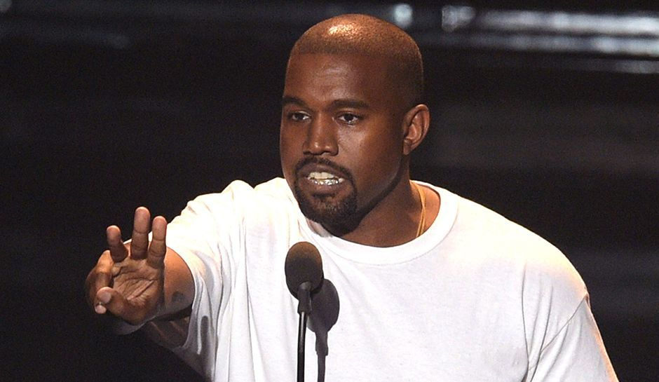 Kanye West Cancels Tyga Record Deal After Kylie Jenner Split Since She S Dating Travis Scott Kanye West New Kanye Kanye