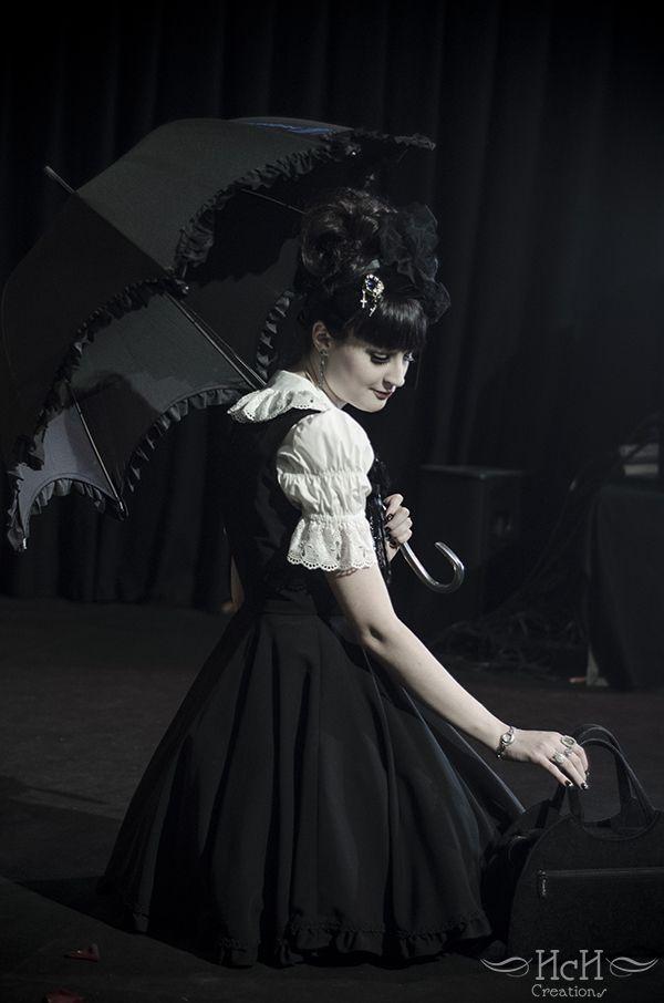 Lovely Gothich Lolita.